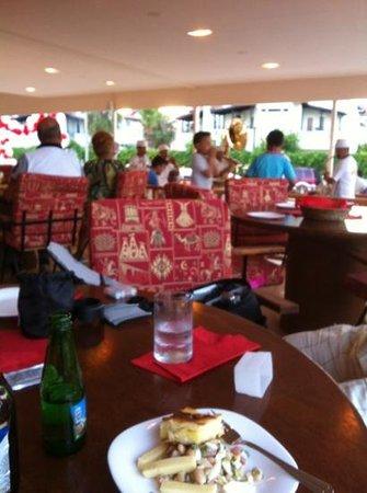 Lush Restaurant Bar: Add a caption