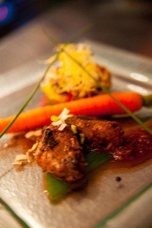 D' Rauberegge Lounge: Local Seasonal food, dinner every Saturday