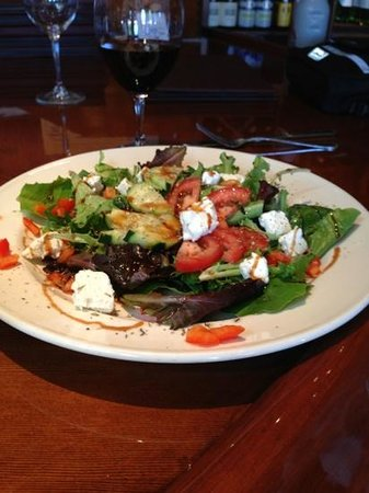 Coldwater Creek Wine Bar : Delicious Salad😊