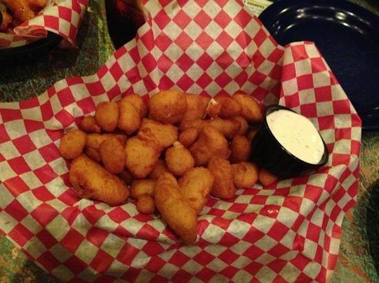 Mother Loaded Tavern: Cheese curds!