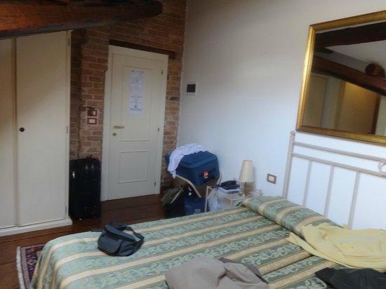 Villa Casanova: habitacion 12 (2° piso por escalera)