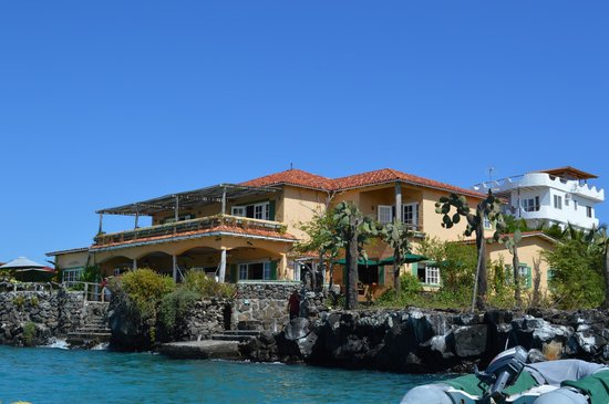 Casa La Iguana: View from a water taxi