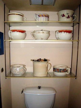 Le Brigadier du Theatre : Lovely collection of antique toilet pots