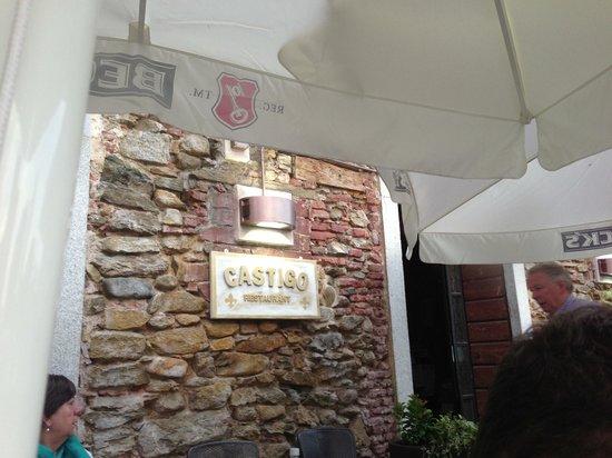Il Castigo: The outside