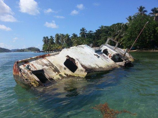 Urban Adventures Panama: Sunken treasure off the coast of Isla Grande