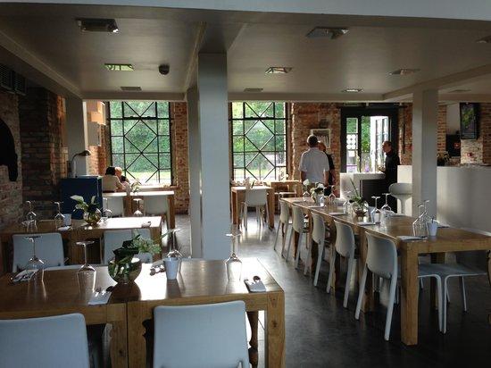 SPOT. : Dining area