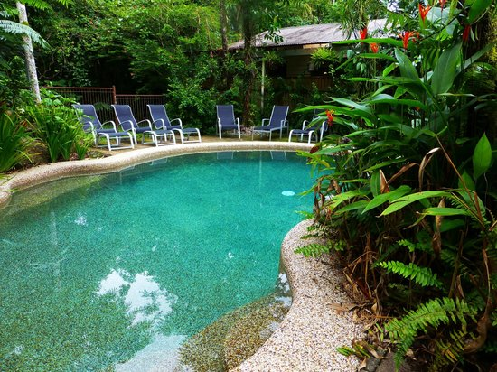 Heritage Lodge & Spa : The hotel pool