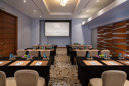 Waldorf Astoria Panama: Meeting rooms comfortably equipped with the latest technology for all your events.