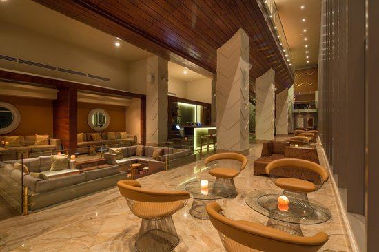 Waldorf Astoria Panama: Ginger, an authentic and exotic lounge, restaurant and sushi bar.