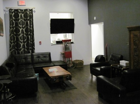 The Clarence Park: The main lounge area in the hostel, kitchen is behind TV