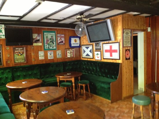 Micky O'Malley's: Cosy Bar