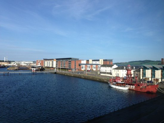 Apex City Quay Hotel & Spa: Not a bad view to fall asleep to