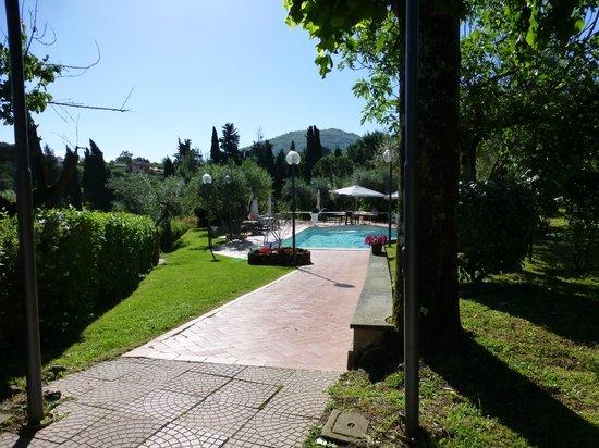 Villa Vecchia Hotel: Pool Area
