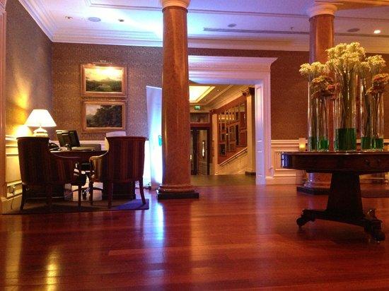 The Westin Dublin: Hotel Lobby