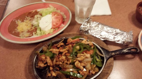 Campestre Mexican Grill: Chicken Fajita