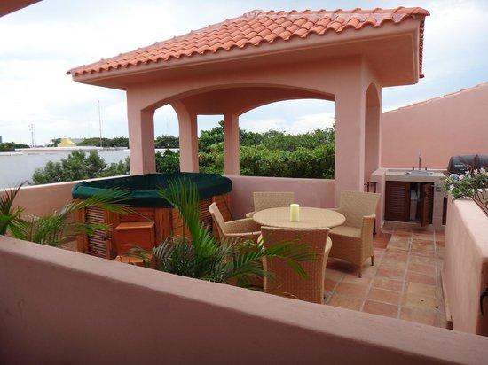 Acanto Hotel & Condominiums : jacuzzi roof