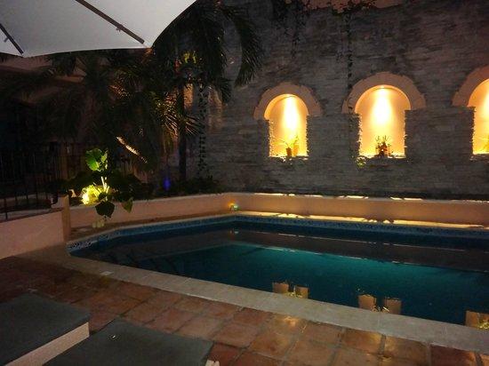 Acanto Hotel & Condominiums : alberca