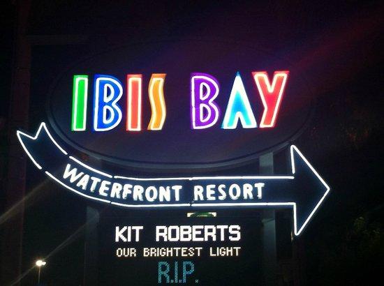 Ibis Bay Beach Resort: Sign