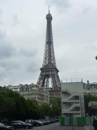 Mercure Paris Centre Eiffel Tower Hotel: Tomada desde el Hotel