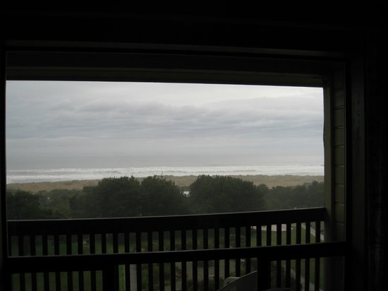 Good view, even on a grey evening! Gold Beach Inn