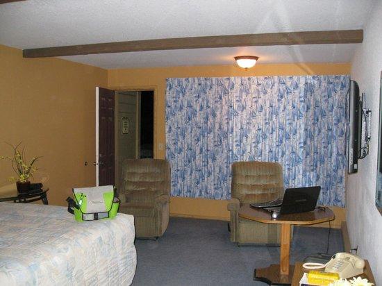 Gold Beach Inn, our room