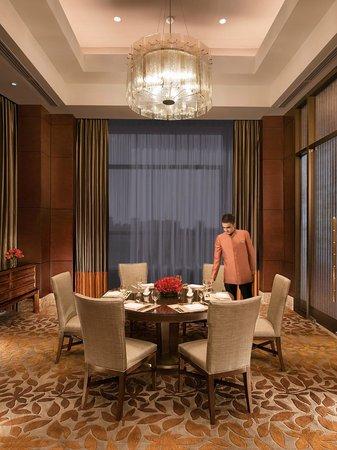 Crimson Hotel Filinvest City, Manila: Cafe Eight Private Dining Room