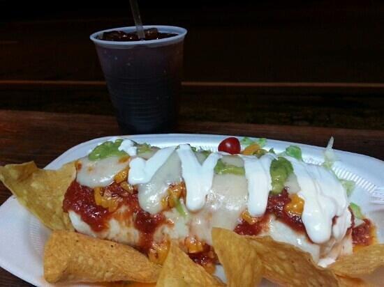 Los Munchies de Raquel: Burrito tripleta aquí nunca falla! triple meet burrito!