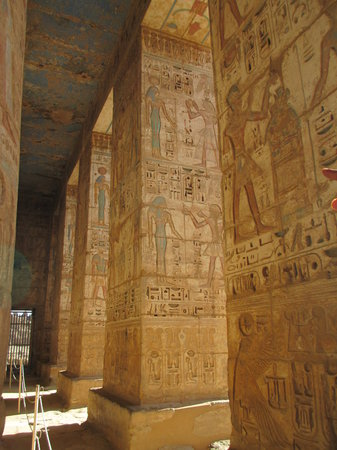 Tomb of Ramses III: columns inside the temple