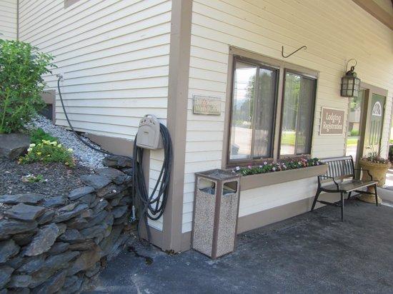 Best Western Inn & Suites Rutland-Killington: a motorcycle wash station!