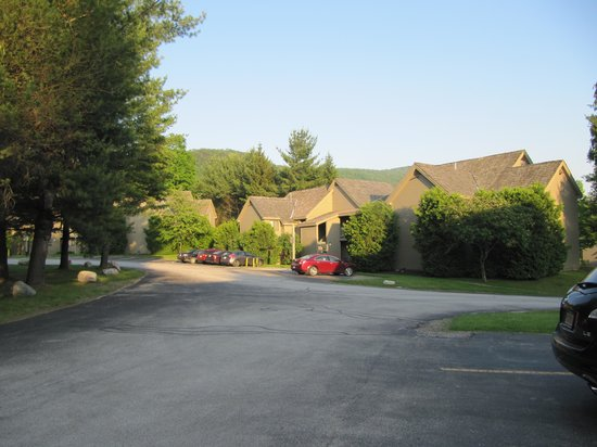 BEST WESTERN Inn & Suites Rutland - Killington: outside view