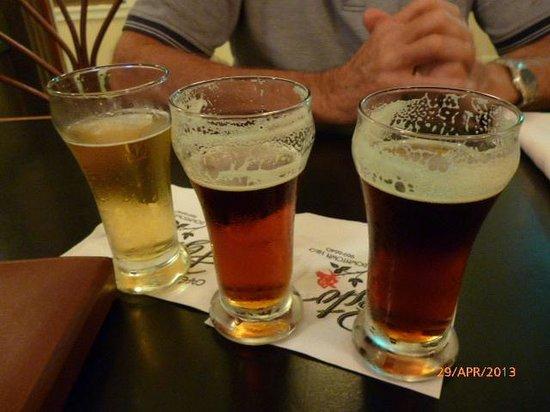 Cafe Pesto Hilo Bay: 3 beer sampler - Jury still out!