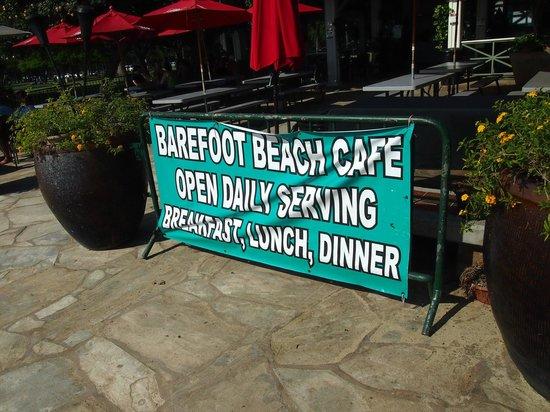 Barefoot Beach Cafe: 正面入り口。道沿いに行けば判りやすいです。