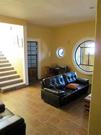Casa Zuniga B&B: Common Area