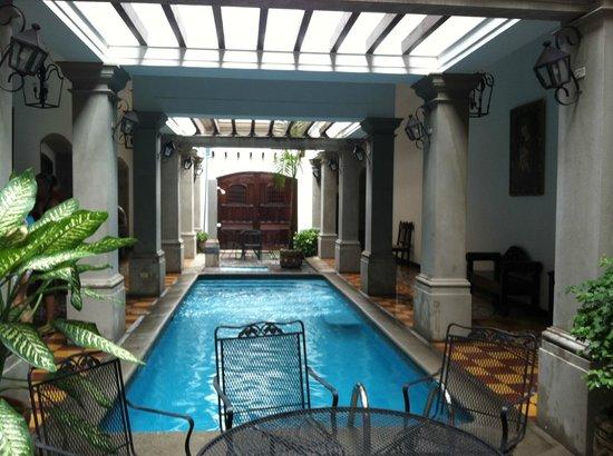 La Gran Francia Hotel y Restaurante: Pool area