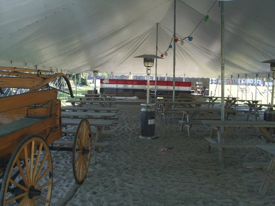 Tall Pines Harbor Campground : One of the entertainment spots