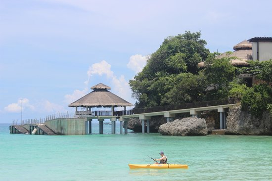 Shangri-La's Boracay Resort & Spa: Morning Kayak to Puka Beach