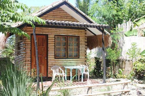 Subli Guest Cabins: Our cabin