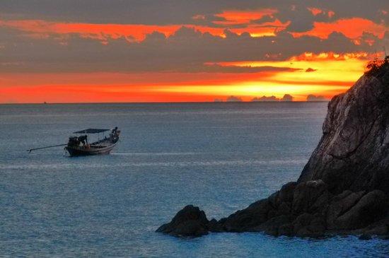 Chills Resort: Sonnenuntergang im Mai