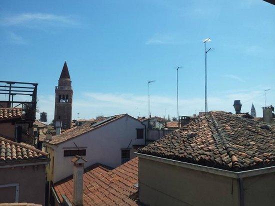Ca' San Polo: La vista dalla terrazza dell'hotel