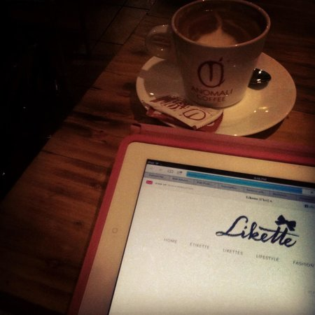 Anomali Coffee Ubud: Coffee whilst working