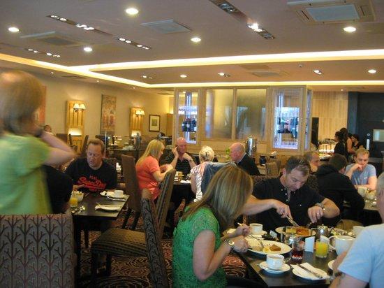 The Nottingham Belfry - A QHotel: Breakfast