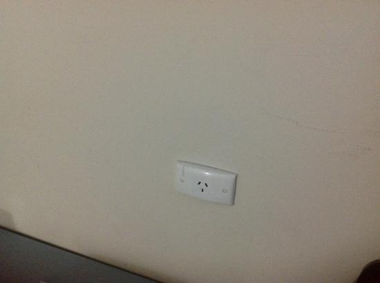 Adelaide Royal Coach: Wall scuffs