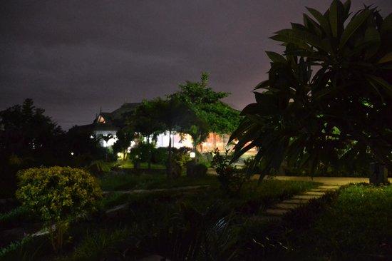 Asso Villa: vista notturna
