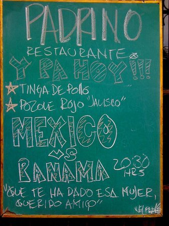 ‪Padrino Restaurante Y Bar‬