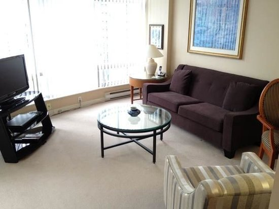 Vancouver Extended Stay: Living room