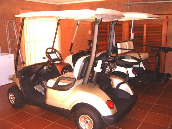 San Lameer: Golf carts