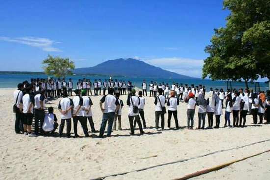 Grand Elty Krakatoa Resort: beach autbound at Grand Elty Krakatoa - Lampung