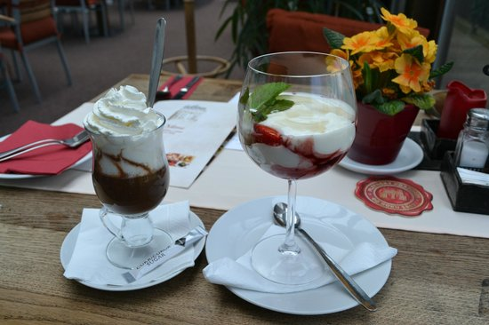 Satlava: Home-made dessert