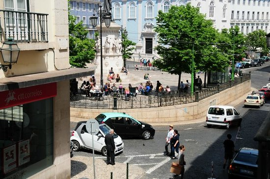 B&B ZUZABED : View from the balcony - Zuza Chiado Studio