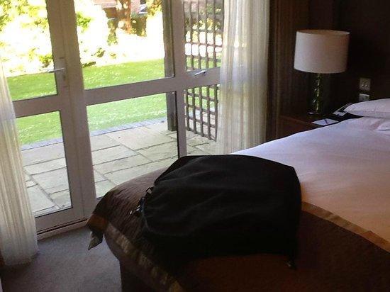Mercure Farnham Bush Hotel: My room with direct access into garden